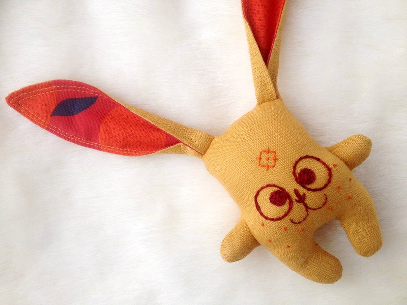 Zaķītis-grabulītis (dzeltens)